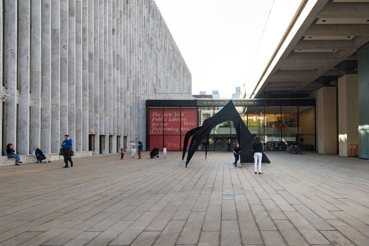 New York Public Library for the Performing Arts at Lincoln Center Plaza